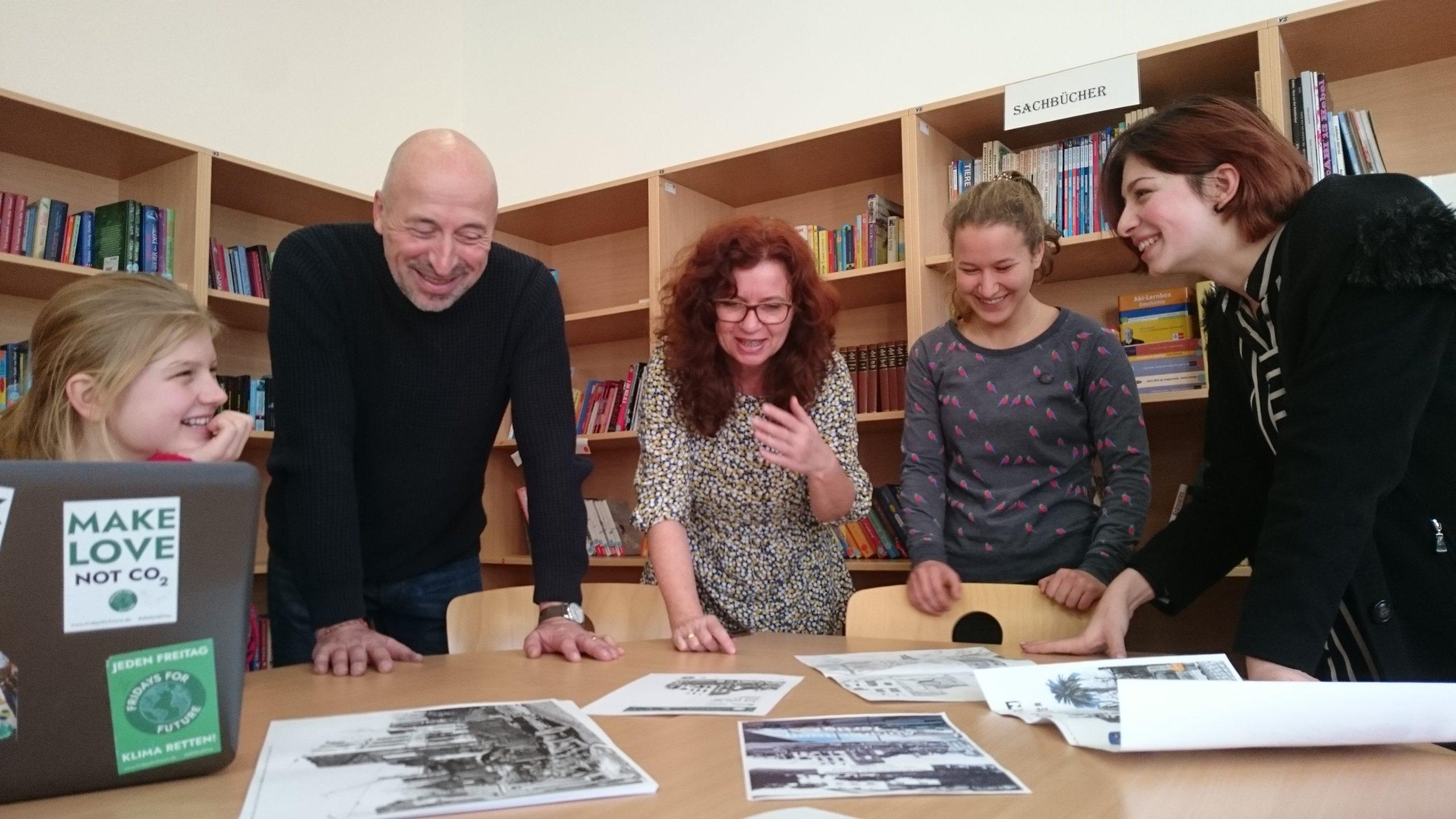 Hebel-Schüler entwerfen Bildtafeln zum 23. Februar 1945