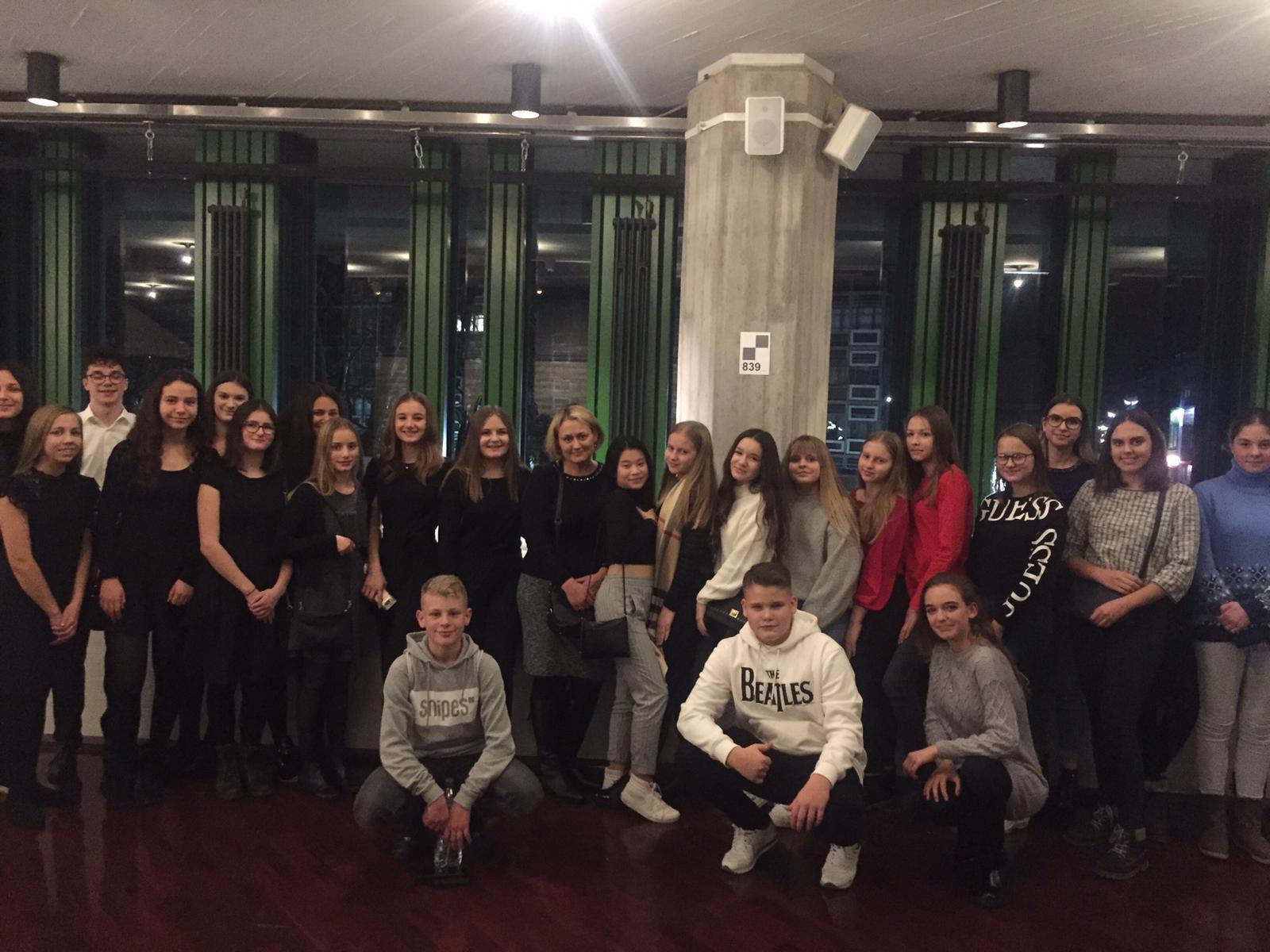 Vorweihnachtlicher Theaterbesuch im Badischen Staatstheater