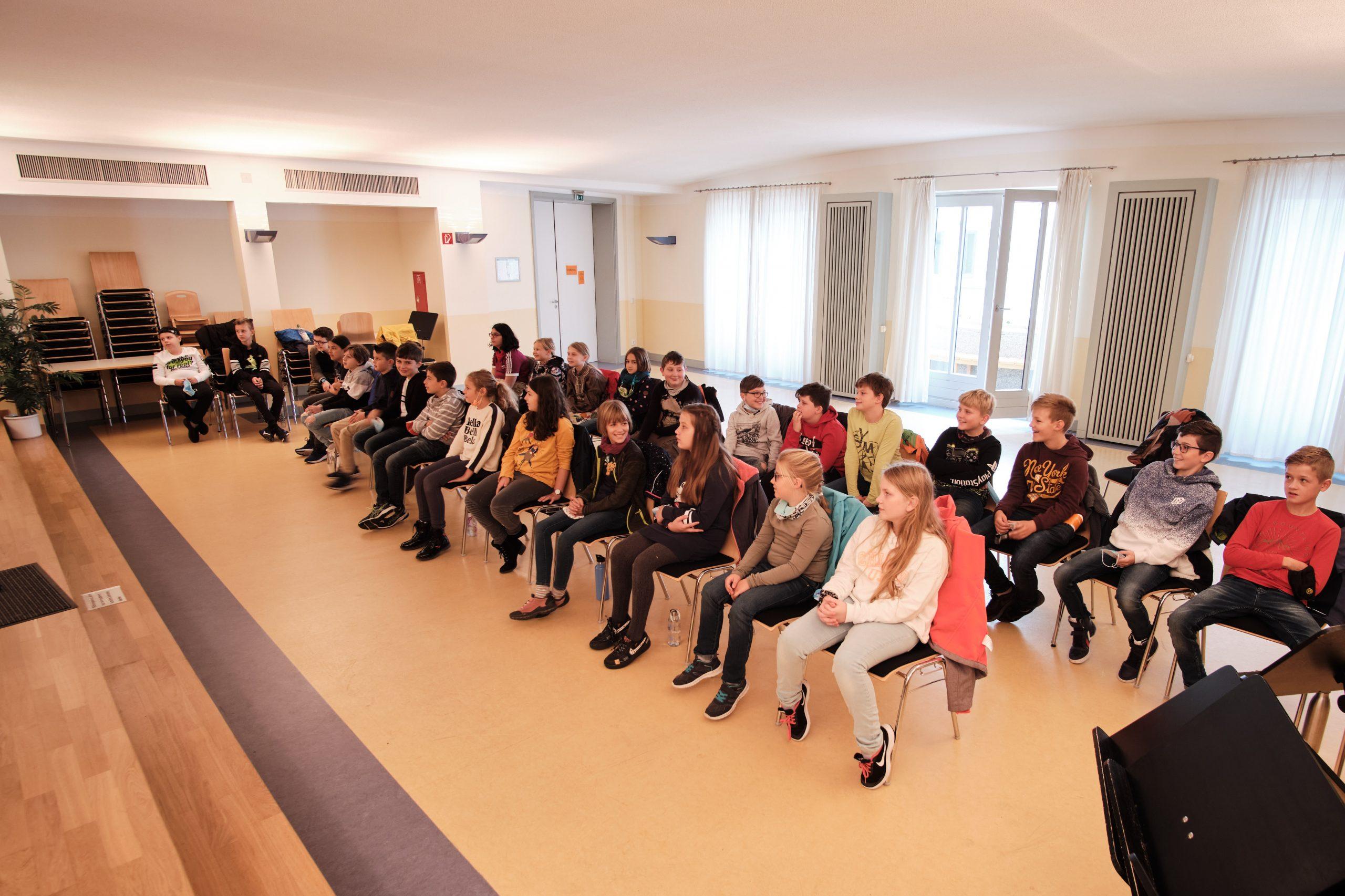 Unterstufe besucht Jugendmusikschule